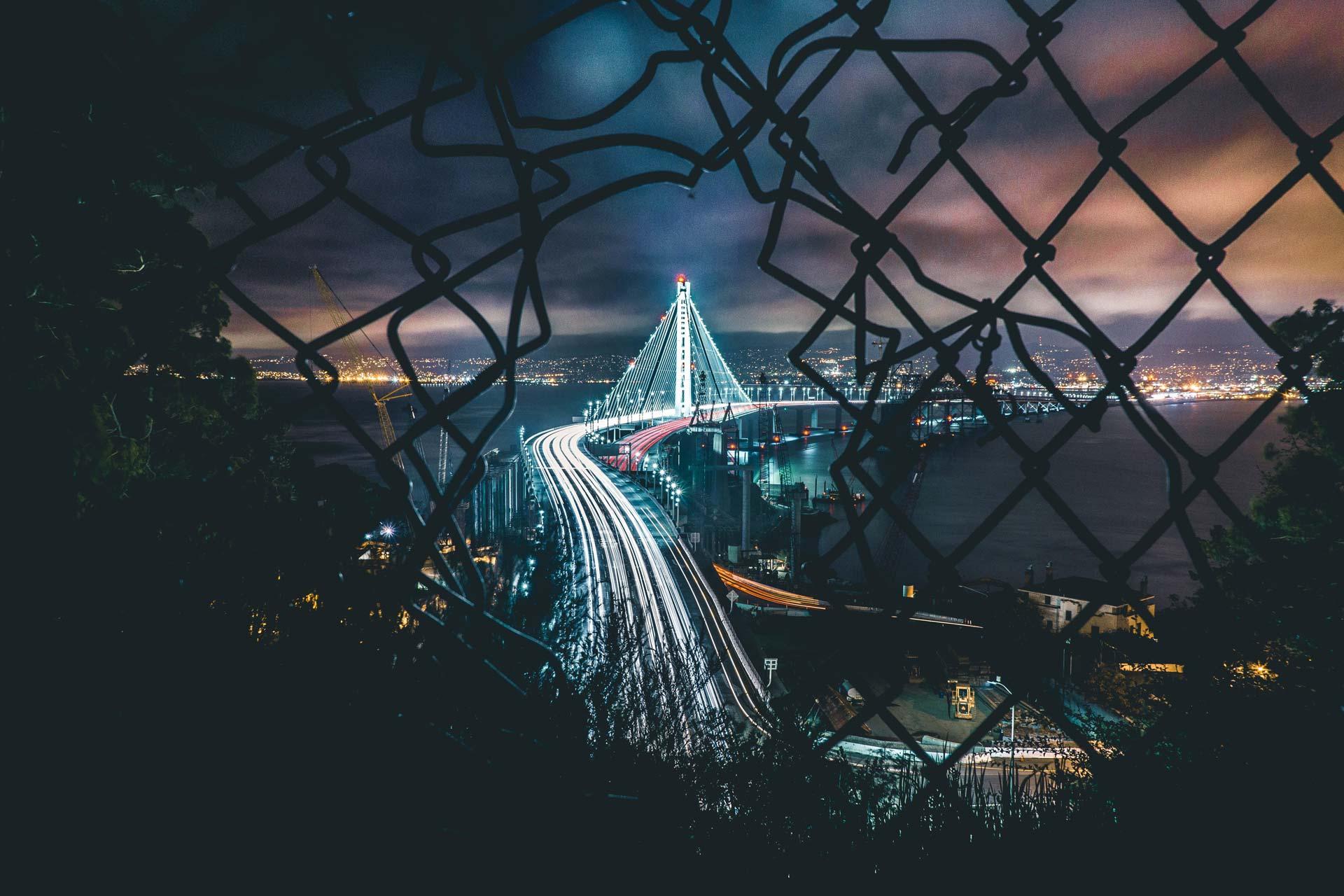 uplift_slides_fence